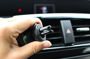 MAGNETIC CAR MOUNT HOLDER picture3